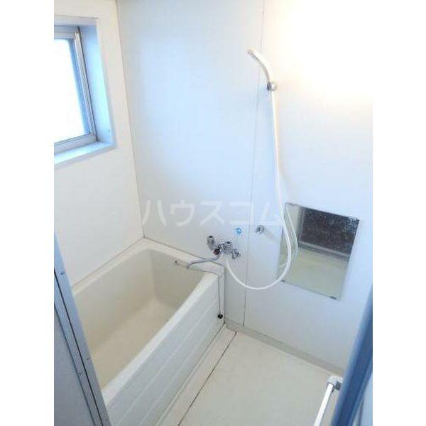 ハイツ山本 205号室の風呂