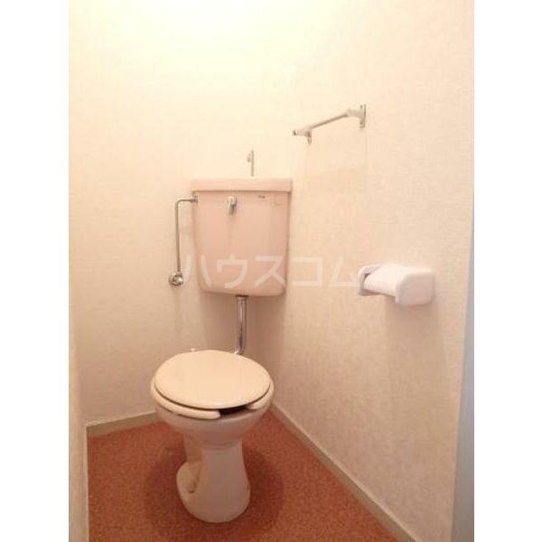 ハイツ山本 205号室のトイレ
