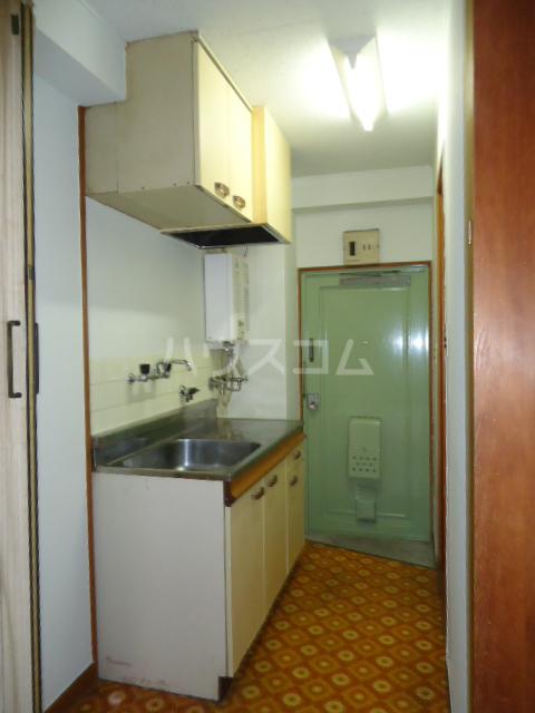 小林ビル 210号室のキッチン