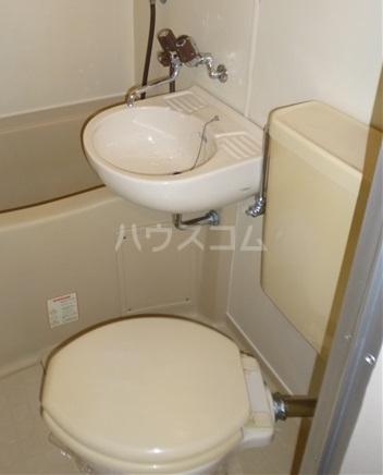 ヴィラ・シャルダン 1F号室のトイレ