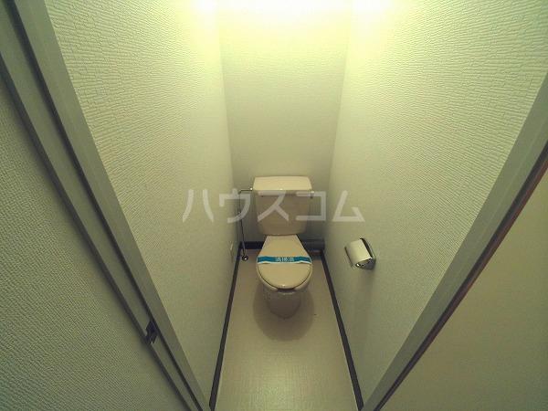 シャトルことぶき 105号室のトイレ