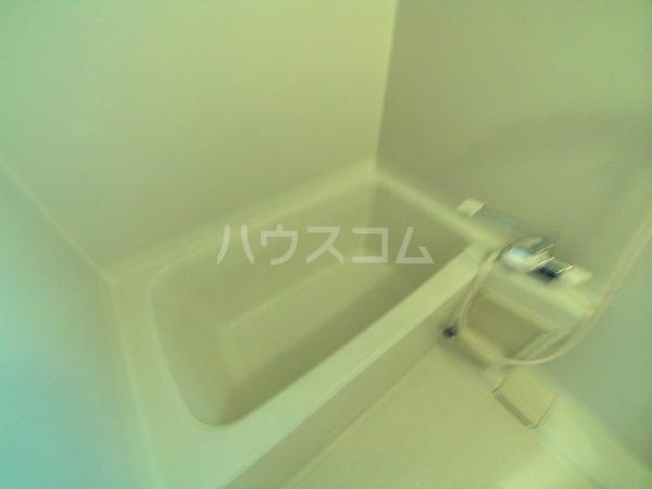 シャトルことぶき 105号室の風呂