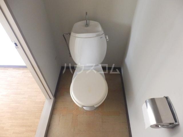 鳥居アパート 201号室のトイレ