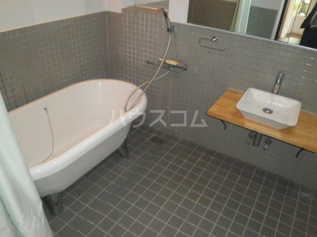 HATAYAアパートメント 201号室の風呂