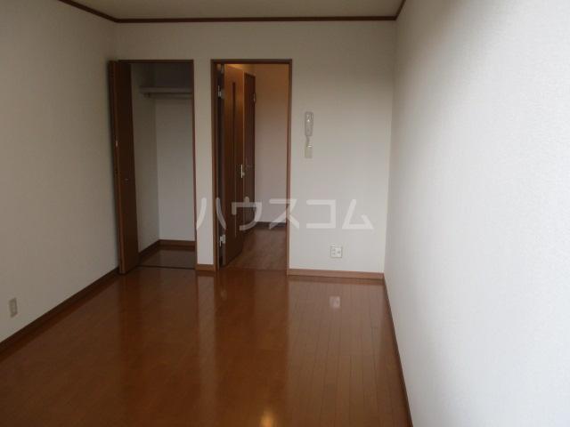 パピーMASA 203号室のリビング