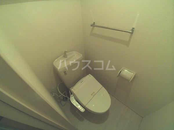 ションセイG 103号室のトイレ