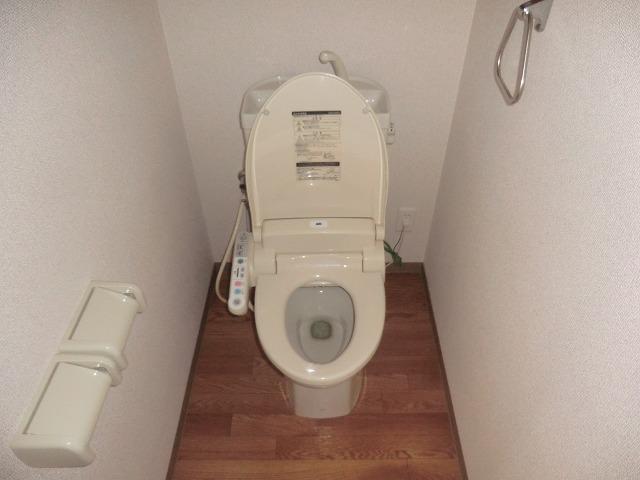 アシューレ・M 105号室のトイレ