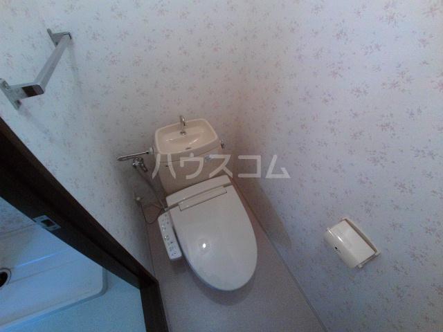 タウニィ石原 D棟 105号室のトイレ