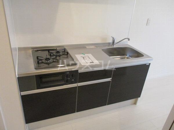 ヴァンベール岡崎 201号室のキッチン