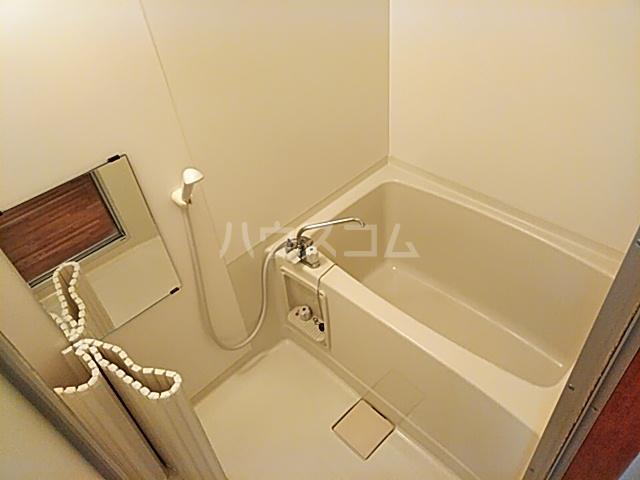 キャピターレ 305号室の風呂