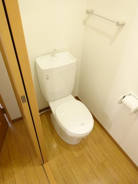 サンイング北松戸 510号室のトイレ