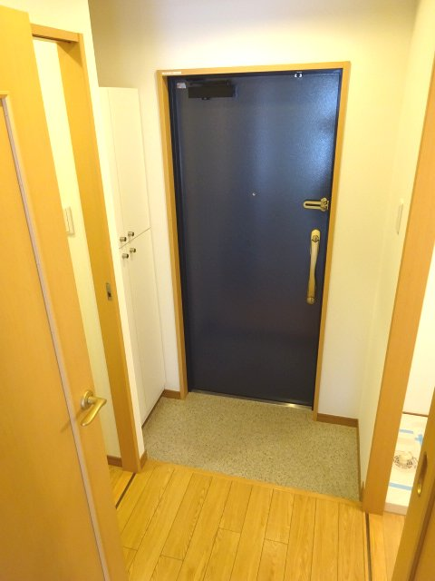 サンイング北松戸 510号室の玄関