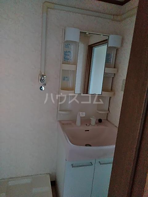 和名ヶ谷京葉ハイツ 305号室の洗面所