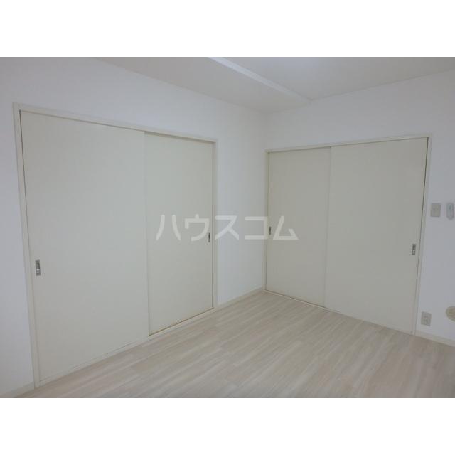 アメニティー木部 303号室の居室