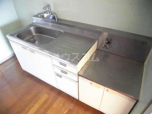 ソシアアマヌマ 102号室のキッチン