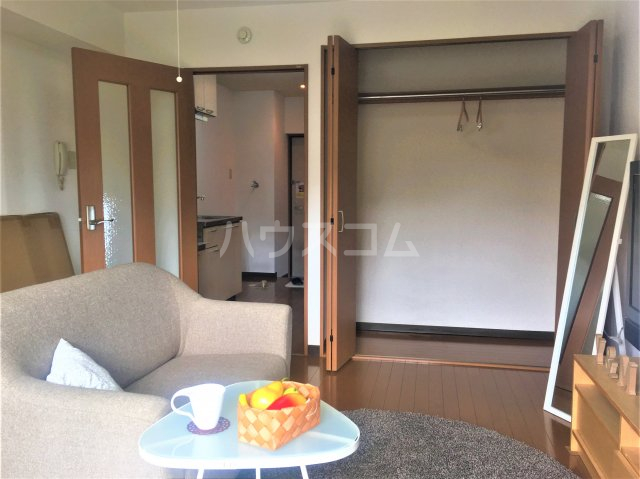 ルミエール 102号室の居室
