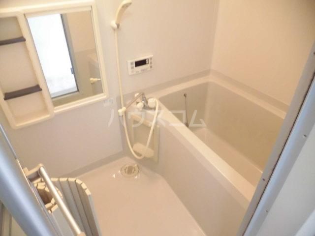 シミズハイツ A101号室の風呂