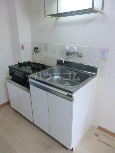 メゾン・ド・サンヒルズ 103号室のキッチン