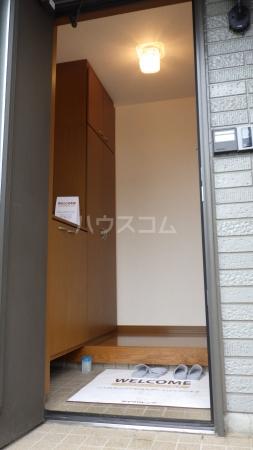 リファインアーツの玄関