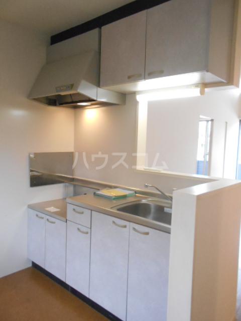 クララハウス 102号室のキッチン