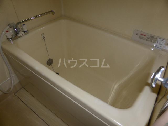 ユタカハイツ 202号室の風呂