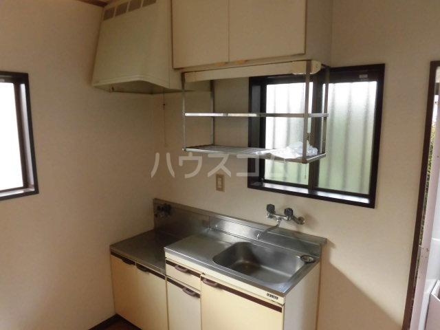 シャンポール溝口 102号室のキッチン