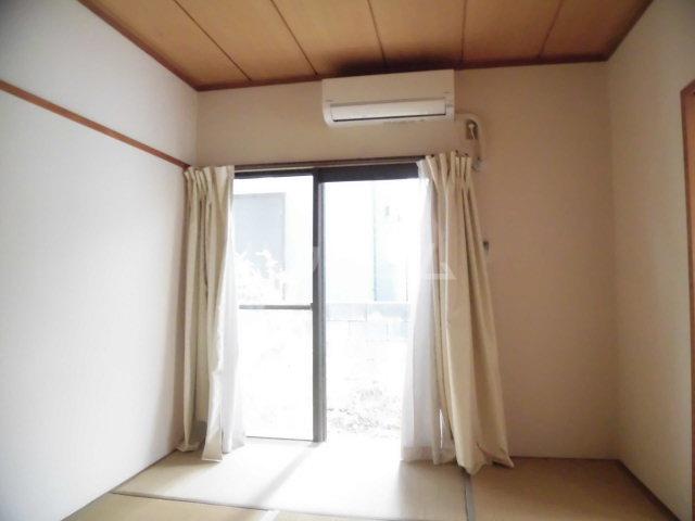 シャンポール溝口 102号室のベッドルーム
