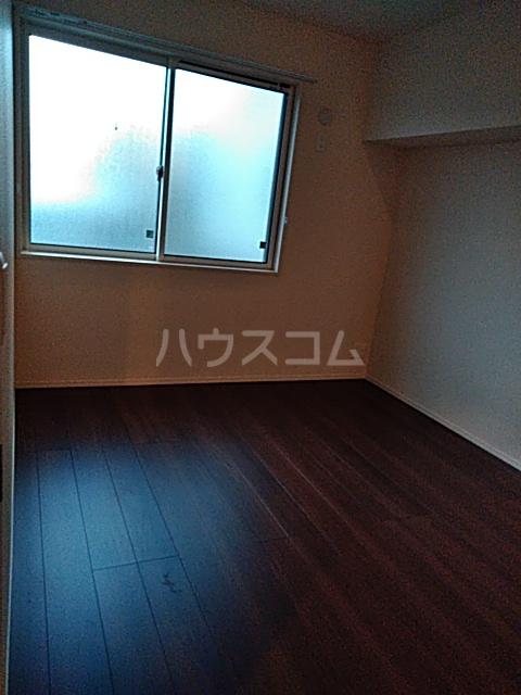 OTT's大宮 101号室の居室