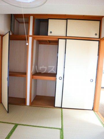 田島ビル 202号室の収納