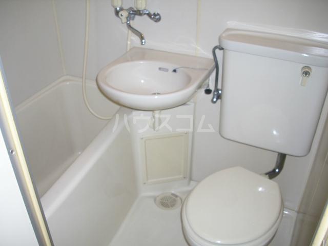 パルスクエアー・サノ 207号室のトイレ