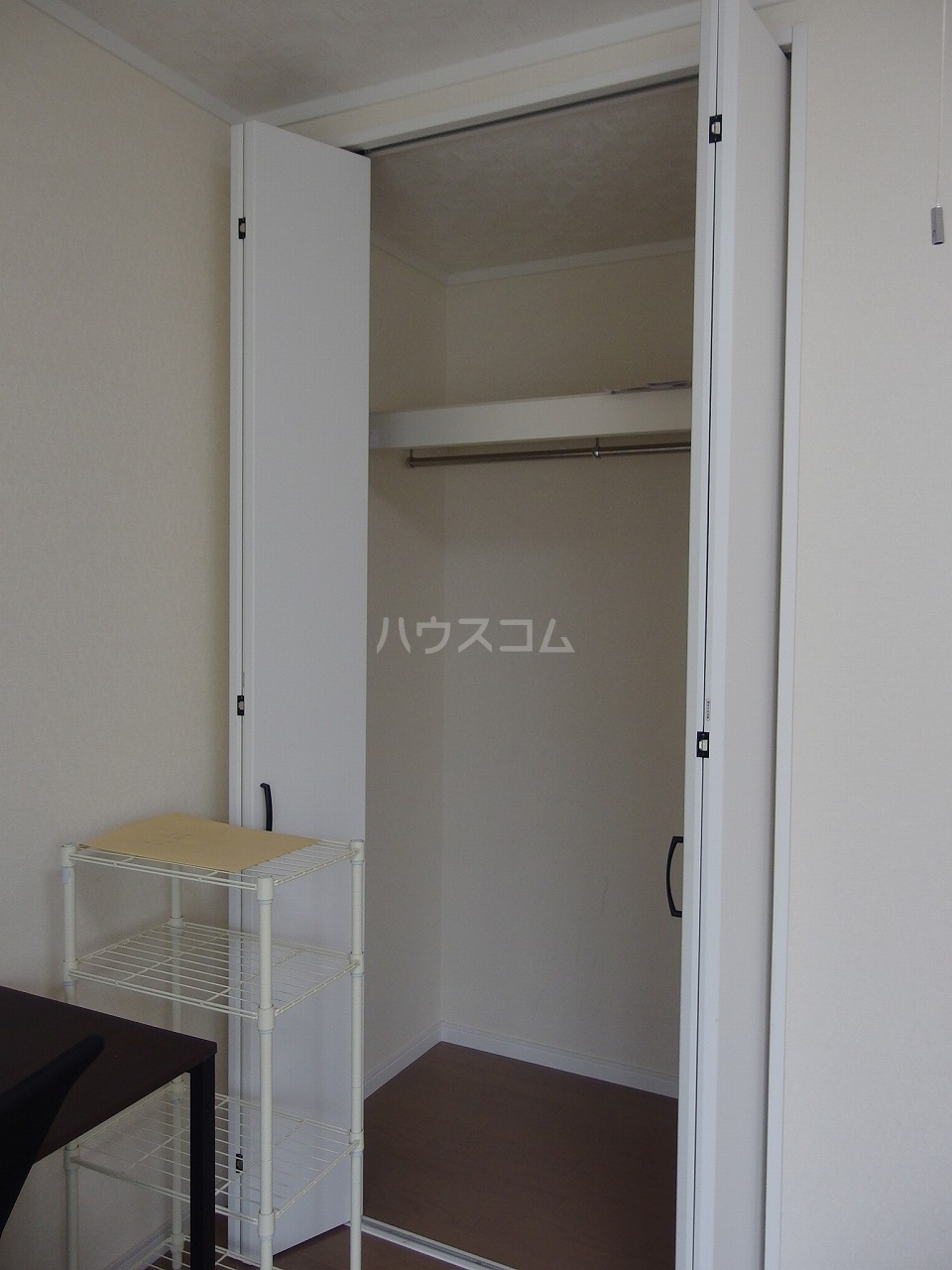 第1白王荘 102号室の収納