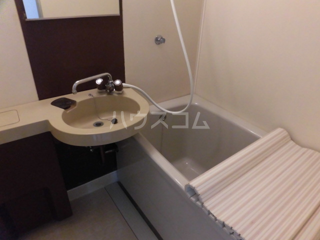 吉祥ビル 401号室の風呂
