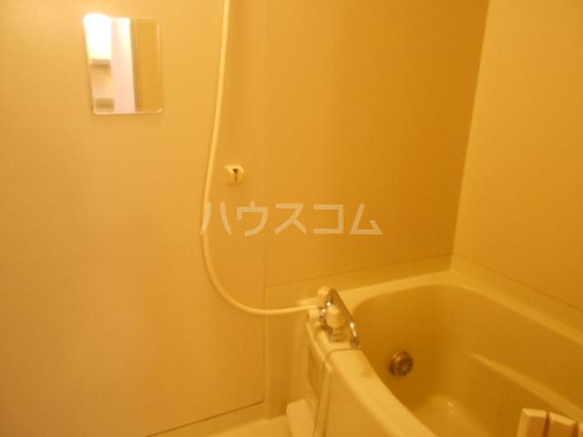 アステリアB 101号室の風呂