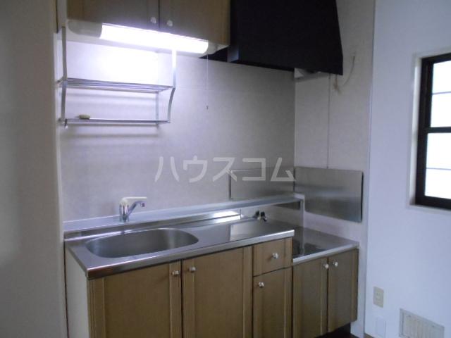 アステリアB 101号室のキッチン