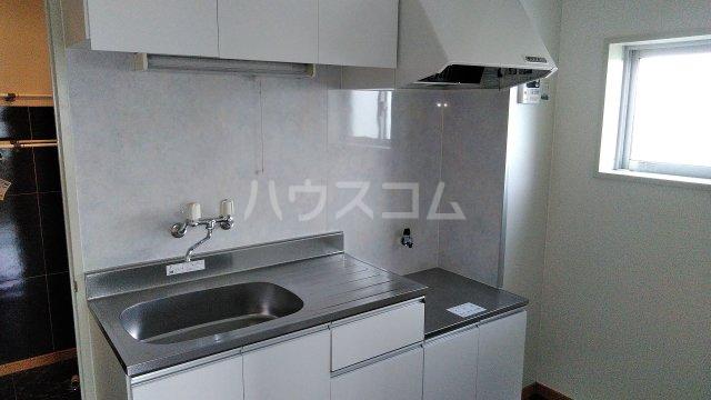 KHハイツⅡ 205号室のキッチン