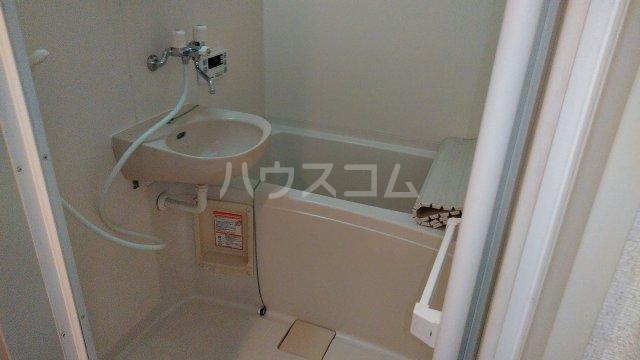 KHハイツⅡ 205号室の風呂