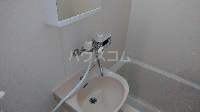 KHハイツⅡ 205号室の洗面所