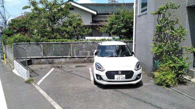 KHハイツⅡ 205号室の駐車場