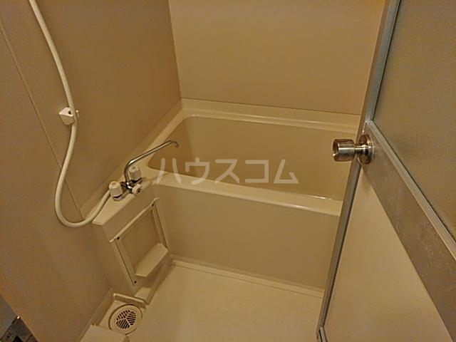 メインビル国立 106号室の風呂