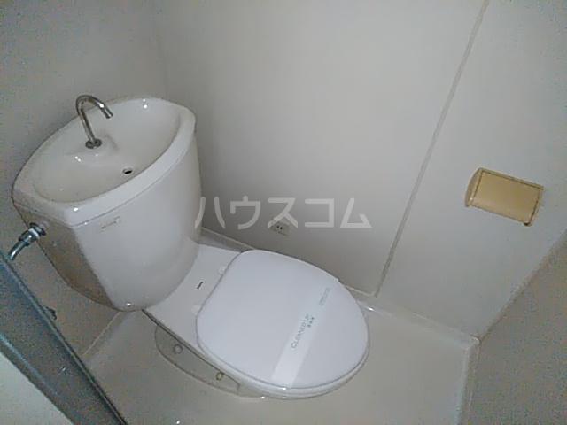 ビングスフジ 105号室のトイレ