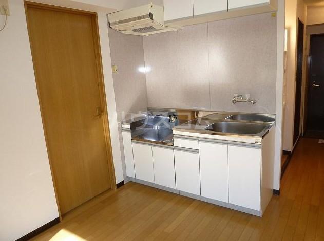 アシスタントビル 308号室のキッチン