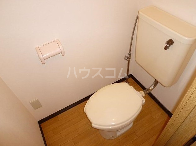 アシスタントビル 308号室のトイレ