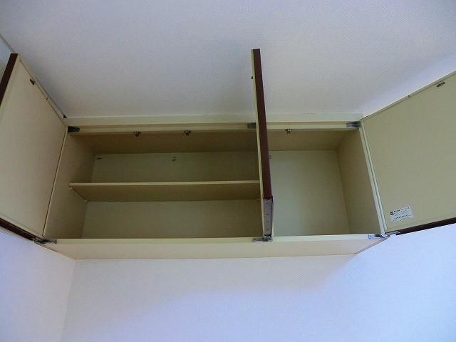 ラヴニール志木4 103号室の収納