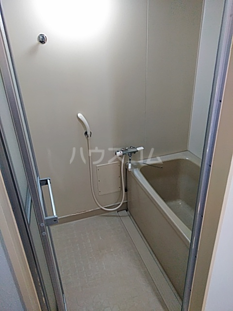 苑楽 923 102号室の風呂