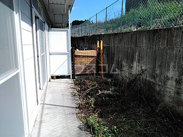 苑楽 923 102号室の庭
