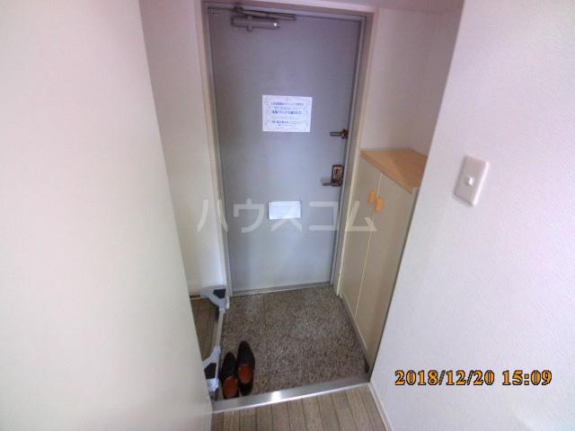 ミルオンデュール竹生 604号室の玄関