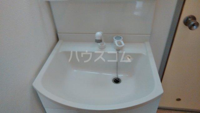 サンライズ今井 102号室の洗面所