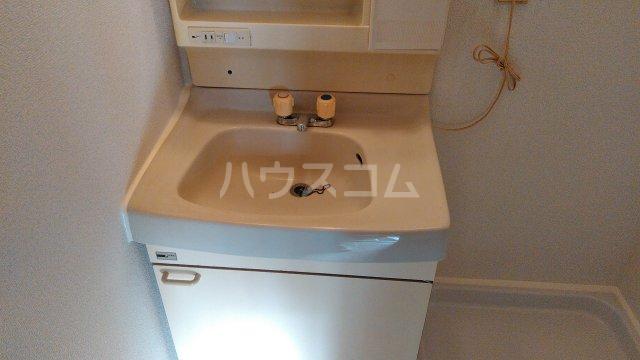 サンライズ今井 303号室の洗面所