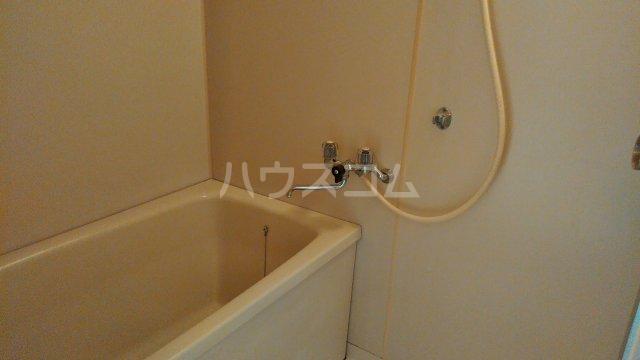 サンライズ今井 303号室の風呂