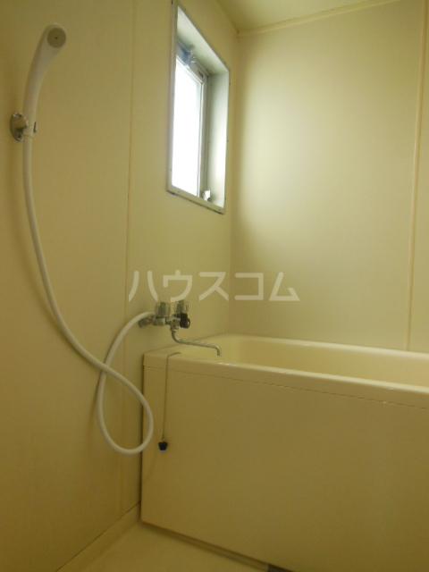サンライズ美里 402号室の風呂